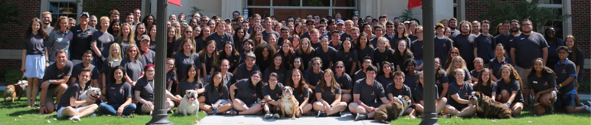 Group picture of 2019 Headington Residential College residents, faculty, and staff.