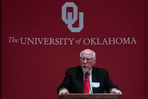 Gene Rainbolt speaks at the 2017 Celebration of Education in Oklahoma.
