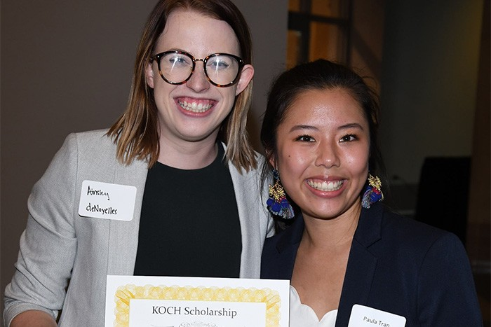 MIS student receives scholarship at annual banquet