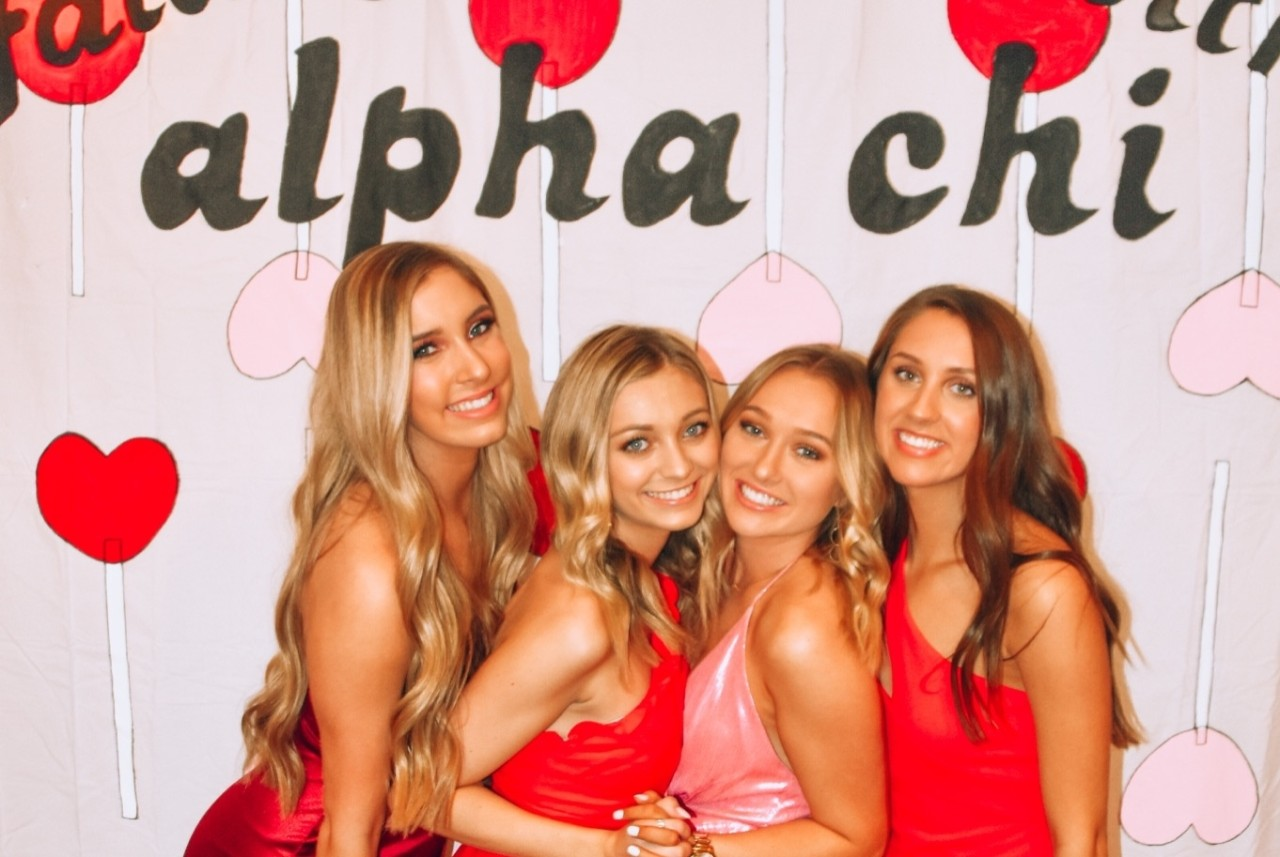 alpha chi omega chapter members