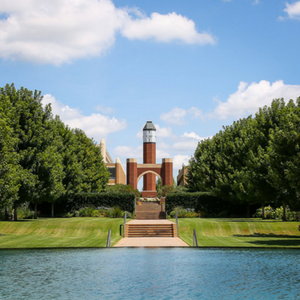 Image of OU HSC  campus lawn